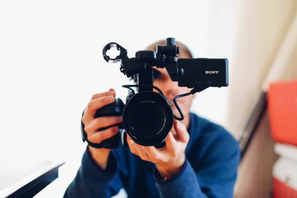 20 Most Popular YouTube Channel Types that you can start in 2018 - Outofthe925.com